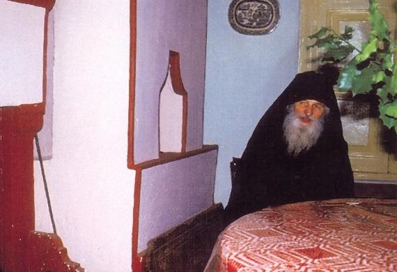 Παπα-Ματθαίος Καρακαλληνός (1905-1985)