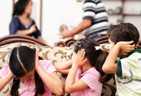 Η κρίση συμπαρασύρει την οικογένεια αλλά η οικογένεια μπορεί να ελέγξει την κρίση
