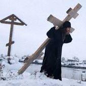 Σταυρός, ο κλήρος και η δόξα του χριστιανού